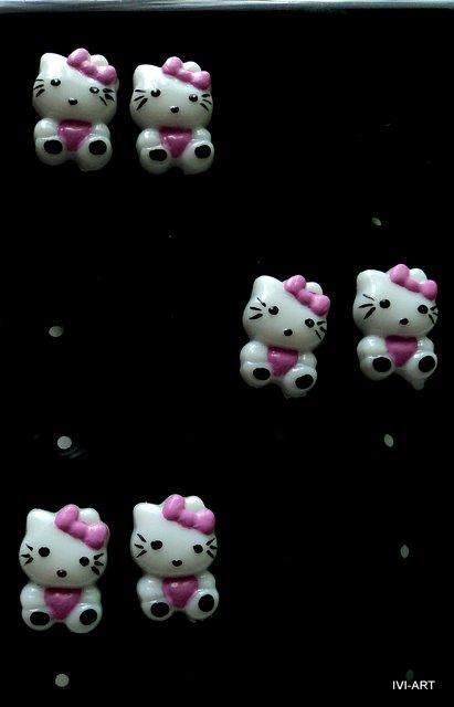 Kolczyki Hello Kitty małe
